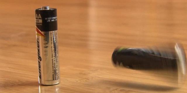 پر بودن باتری قلمی یا نه