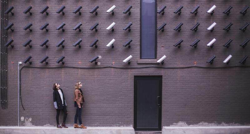 دوربین های مخفی در عصر حاضر