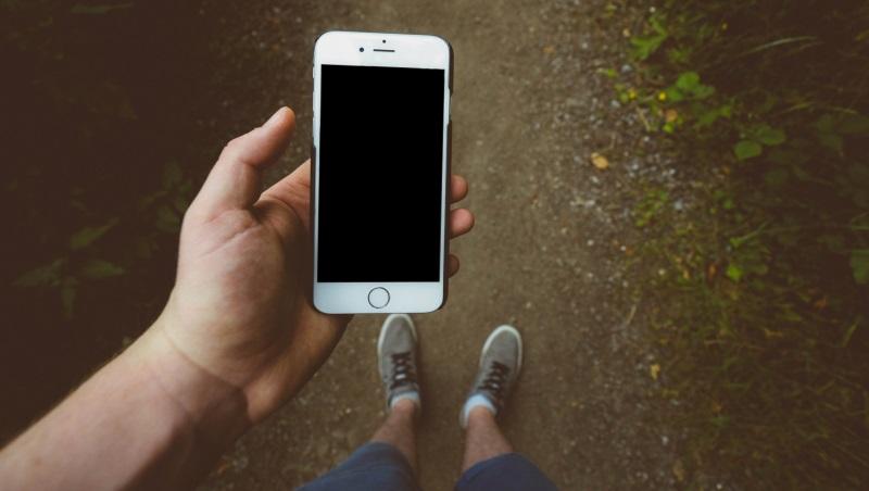 محافظ شیشه ای برای موبایل